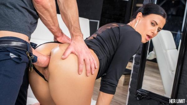 Billie Star - Sexy Brunette Gets Her Holes Destroyed 1080p